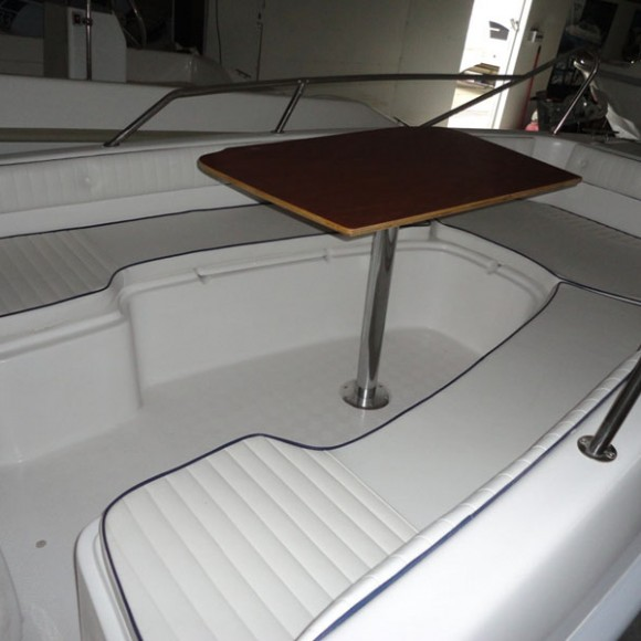 Aquastar 480 με τραπεζάκι