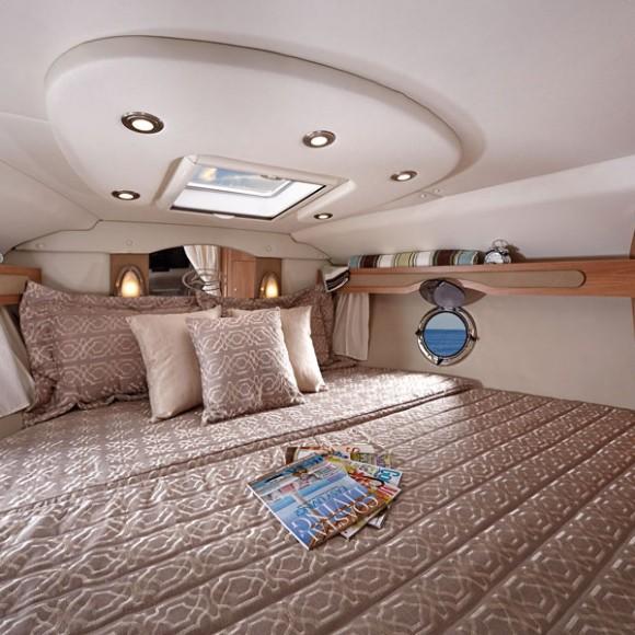 RNK_340_EC-cabin