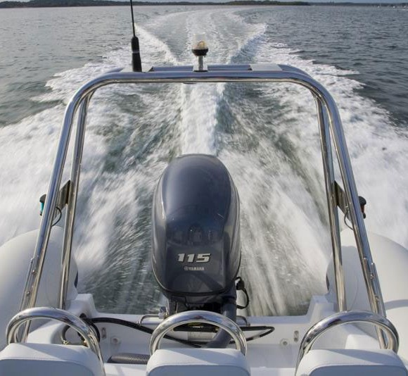 2014-Yamaha-F115-F150-8