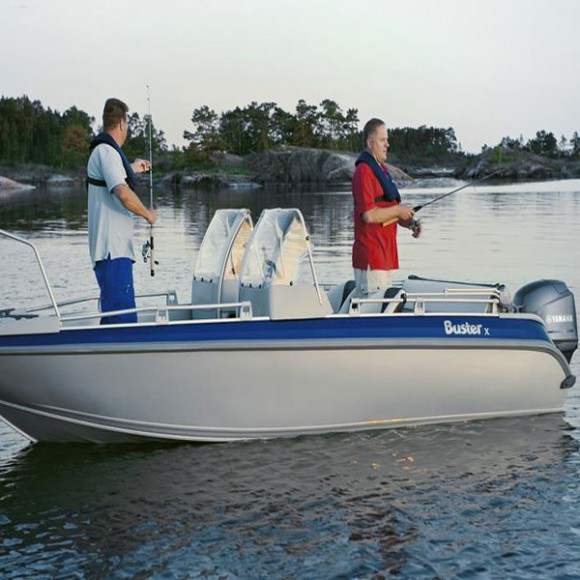 2014-Yamaha-F80-F100-8
